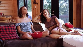 Petite teen enjoys getting fan unfamiliar mature- Emma Hix & Bella Rolland