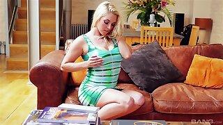 Elegant blonde Victoria Summers on the top of their way knees enjoying having sex